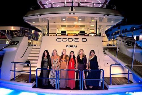 rhobh_dubai_yacht